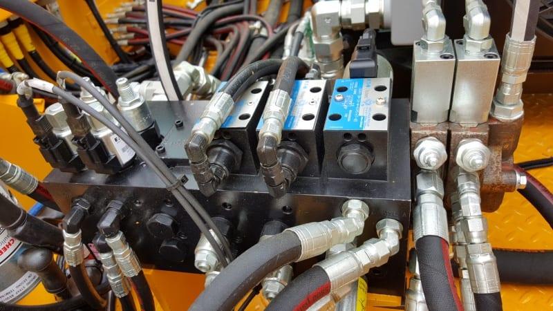 Modular Manifolds Cross Company