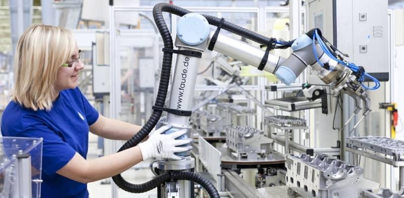 universal-robots-collaborative-robots